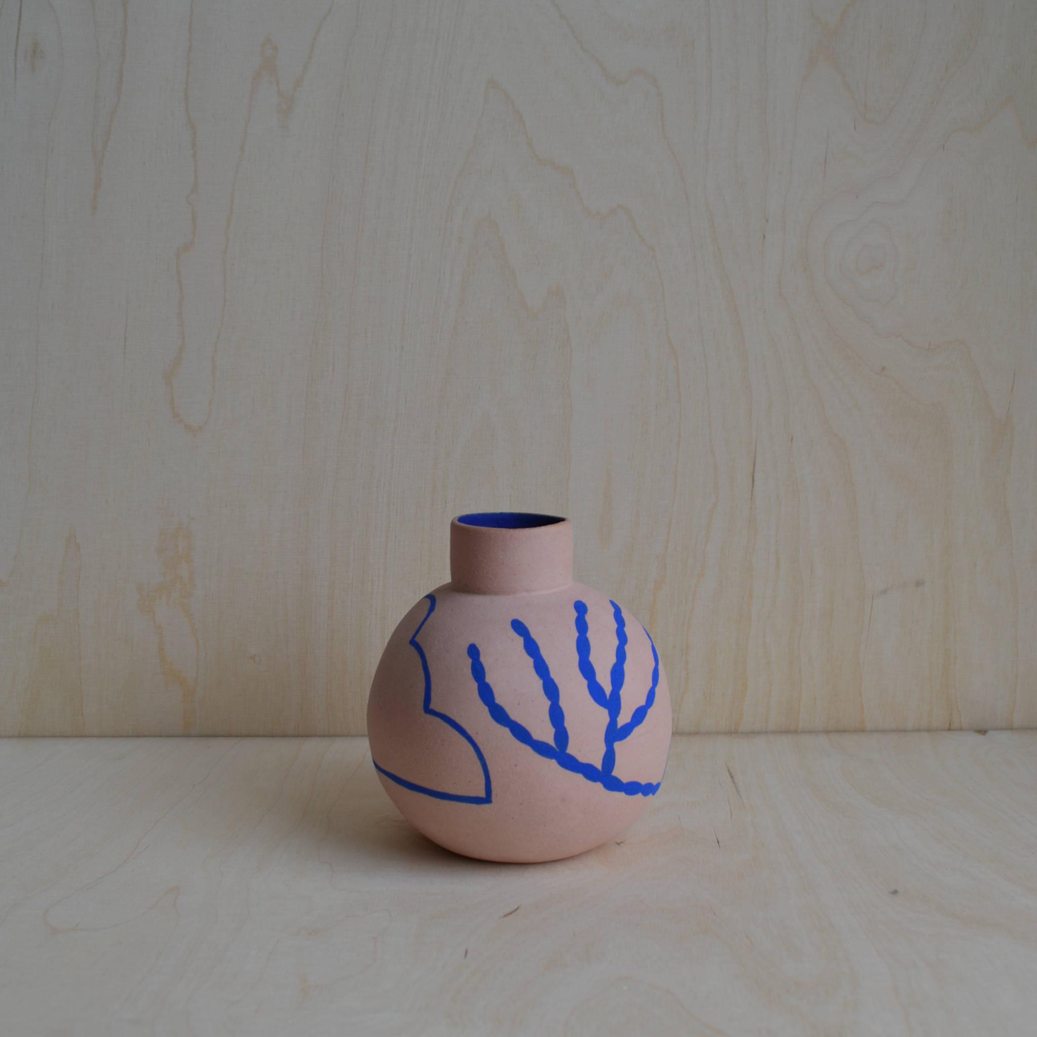 Sophie Alda Round Vase
